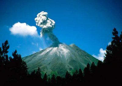 Arenal-Erupting-Costa-Rica