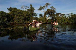 Canoe-Pantanal-300x199