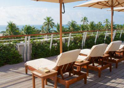 The-Betsy-Hotel-South-Beach-Amenities-Ocean-Deck-02-1040x440