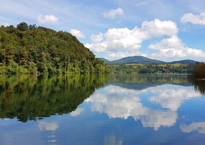 lake-3705660_1280