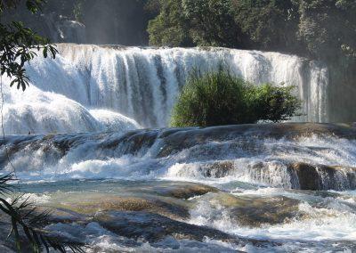 waterfall-3975511_1280